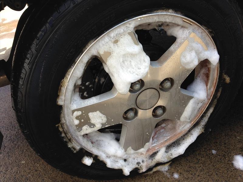 タイヤホイール洗浄